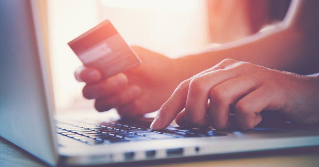 Slovenski kupec na spletu