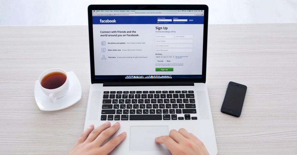 Upravljanje strani Facebook